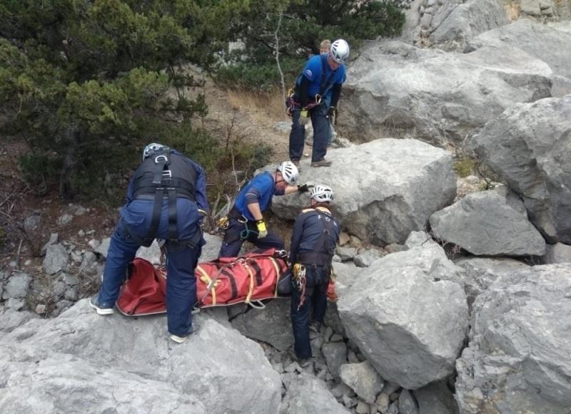 Красноярская туристка погибла при обрушении ледника в горах Карачаево-Черкессии