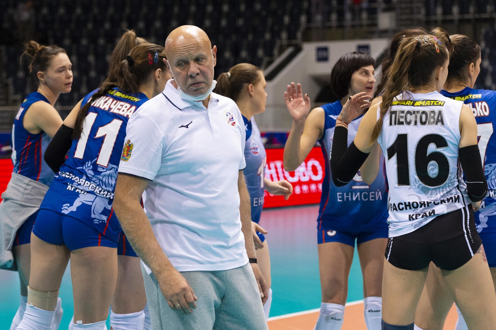 Красноярские волейболистки вернулись домой без победы