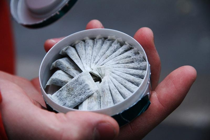 Красноярские эксперты рассказали о последствиях употребления снюса